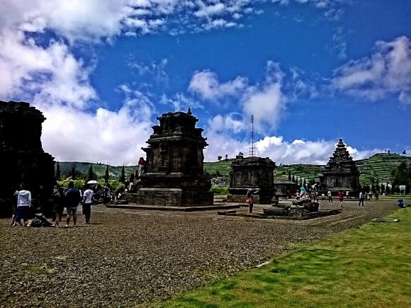 Panorama Candi Arjuna, Candi Semar, Candi Srikandi dll
